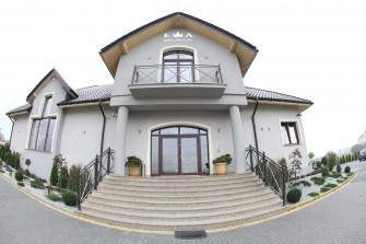 Dom Przyj�� Ewa Piece