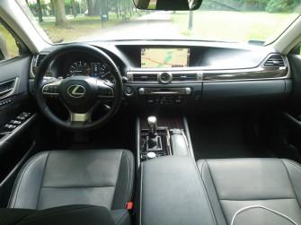 Piękny i luksusowy Lexus GS - limuzyna do ślubu Poznań