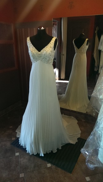 Piękna i tania włoska suknia ślubna Łódź