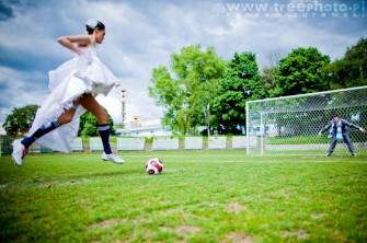 Państwo Młodzi i piłka nożna Legnica