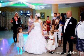 Wodzirej na wesele - ta�ce integracyjne, grupowe, uk�ady taneczne Warszawa