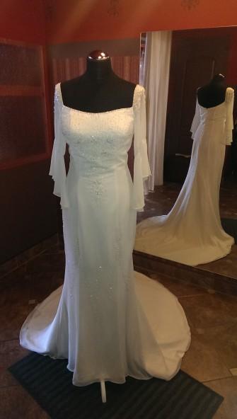 Urocza suknia ślubna Łódź