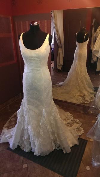 Piękna, koronkowa włoska suknia slubna Łódź