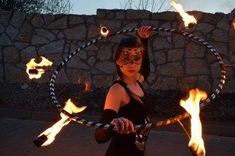 enigma teatr ognia fireshow taniec z ogniem pokazy ognia Zawiercie
