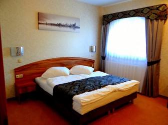 Hotele Gorzelanny w Górach Opawskich Jarnołtówek