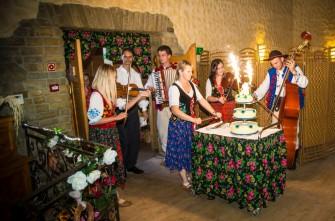 U nas na KAŻDYM weselu gwarantujemy występy kapeli góralskiej :) Oswięcim