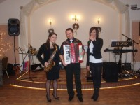 Zesp� muzyczny Mizar W�oc�awek