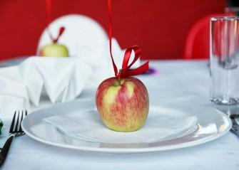 ...apple? Tychy
