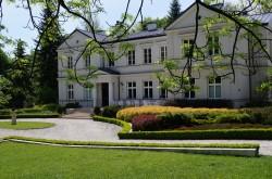 Biały Pałac Palczew Warka