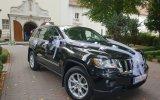 Ekskluzywny, czarny Jeep Grand Cheeroke. Kruszwica