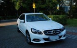 Auto, samoch�d do �lubu Mercedes E limuzyna Pu�awy