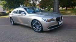 Auto do ślubu Złote BMW 740 F01 GRÓJEC  GRÓJEC