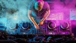 DJ poprowadzi zabawę festyny itp Malechowo