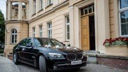 luksusowy samochód BMW 7 na wesele Bydgoszcz