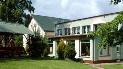 """Hotel i Restauracja """"SARA"""" Polanica Zdrój"""