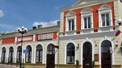 """Hotel-Restauracja """"W Starym Kinie"""" Barcin"""
