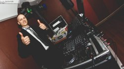 DJ Maniek - oprawa muzyczna imprez okolicznościowych! Poznań