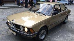 Zabytkowe złote BMW Łódź