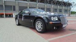 Limuzyna do ślubu Chrysler 300c 5,7 HEMI czana perła do ślubu.Terminy lodz