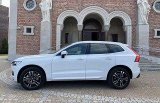Samochód Auto Volvo XC60 do ślubu wesele białe Warszawa