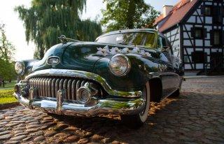 wynajem samochodu do ślubu Bydgoszcz