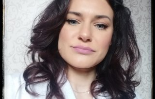 Alex Cosmetis salon fryzjersko kosmetyczny Sieradz