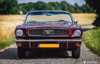 Mustang Cabrio 1966 & Chrysler 300c  Rybnik