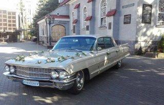 Cadillac - samochód do ślubu Gnienzo
