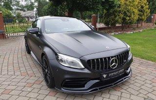 Czarny Mercedes C43 AMG Coupe do ślubu wynajem samochód na wesele ślub Poznań