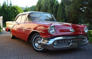 samochody retro i nowoczesne Wadowice