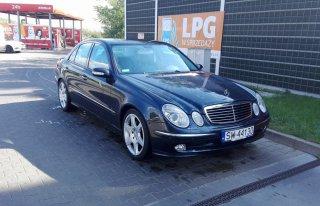 Auto, Samochód do Ślubu, Wesela - Mercedes W211 E-Klasa 350zł  Świętochłowice