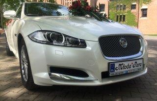 Samochód do ślubu - biały Jaguar XF Józefosław
