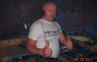 dj Dekar każda muzyka na każdą kieszeń Skarżysko-Kamienna