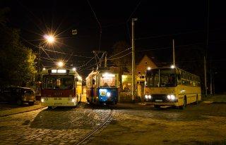 Zabytkowe autobusy do ślubu i nie tylko Wrocław
