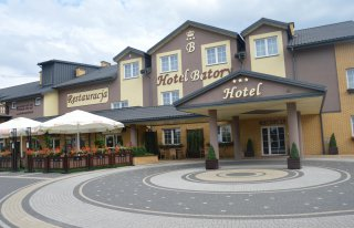 Hotel Batory w Tłuszczu Tłuszcz