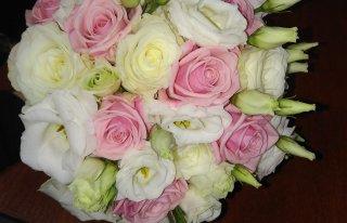 Kwiaciarnia Magnolia - Łagów Rynek 7 Łagów