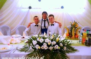 Obsługa na wesele.Kucharze i kelnerzy . Czeladź