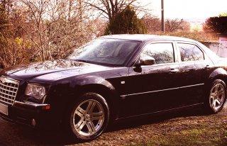 Limuzyna Chrysler 300c ślub wesele Będzin